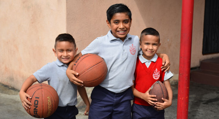 Slider – 3 Boys With Basketball
